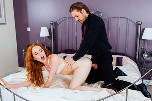 Ella Hughes' Hubby Is a Cuckold Devout Who Enjoys Observing